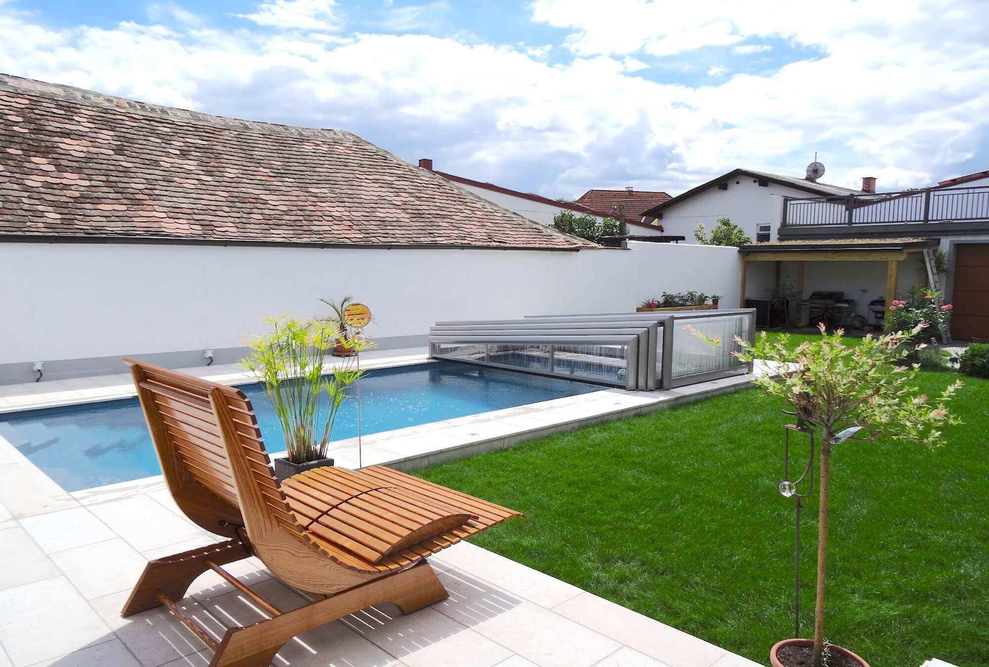 linea pool berdachung im asymetrischen design. Black Bedroom Furniture Sets. Home Design Ideas